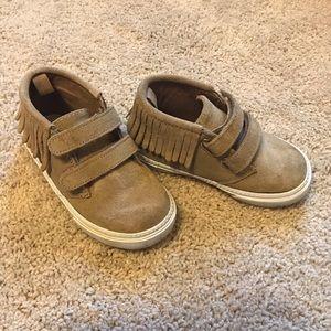 BABY GAP tan sneaker moccasins